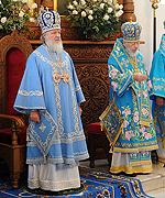 Святейший Патриарх Кирилл возглавил торжественное богослужение в Успенской Святогорской лавре