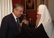 Святейший Патриарх Алексий наградил Госсекретаря Союза России и Беларуси Павла Бородина