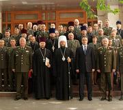 Восьми священнослужителям Молдавской Православной Церкви присвоено звание лейтенант запаса