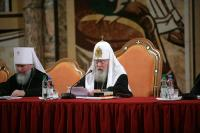 Пресс-служба Московской Патриархии публикует полный текст выступления Святейшего Патриарха на Епархиальном собрании (Москва, 21 декабря 2005 г.)